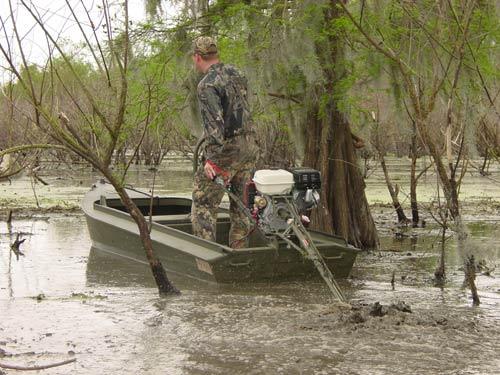 Лодочные моторы для болота